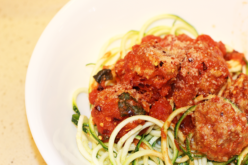 turkey-meatballs-and-zoodles