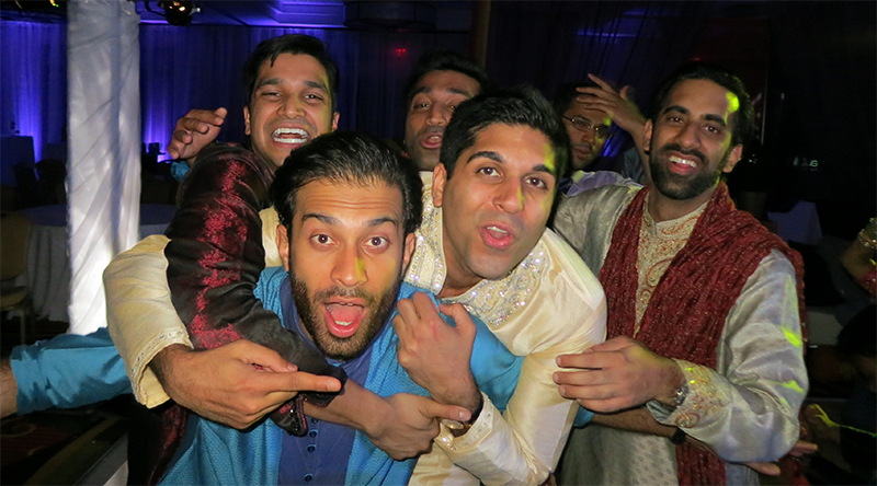 sangeet-groom-having-fun
